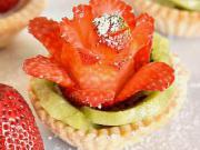 Jahodové ruže - recept na jahodové košíčky