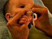 Strihanie nechtov u bábätka - ako správne strihať nechty bábätku