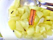 Jablkový kompót - recept na jablkový kompót so škoricou a klinčekom