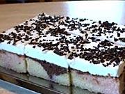 Pudingový koláč - recept na pestrý trojfarebný koláč s pudingom