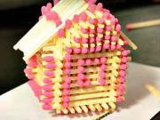 Domček zo zápaliek - ako si vyrobiť zápalkový domček