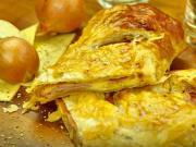 Slaný koláč so šunkou a syrom - recept na rýchly slaný závin plnený šunkou a syrom