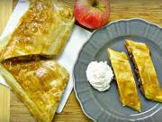 Jablková štrúdľa z lístkového cesta - recept na jablkovo-orechovú štrúdľu