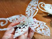 Motýl ze silikonu - ozdobní spona