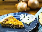 Cibulový koláč z listového těsta - recept na quiche