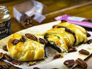 Zapečená čokoláda v listovém těstě - recept