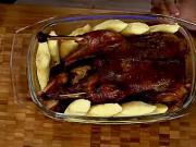 Pečená hus na víne - recept