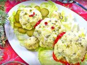 Vianočný zemiakový snehuliak - vianočný zemiakový šalát v tvare snehuliaka