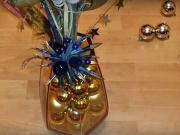 Dekorácia z vianočných gulí - vianočná výzdoba