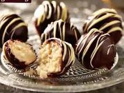 Kokosové guľky - recept na guličky s kokosom a čokoládou