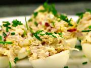 Plnené vajíčka so šunkou a červenou paprikou - recept