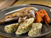 Pečená kačica s pečenou mrkvou a knedlíkom - recept