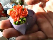 Domáce mydlo s farebnými ružičkami