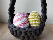 Háčkované veľkonočné vajíčko