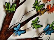 Motýle na strome - motýle z papiera