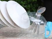 38 zaujímavých nápadov ako využiť plastovú fľašu