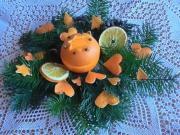 Svietnik z pomaranča
