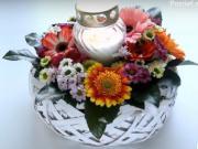 Kvetinová dekorácia na Dušičky