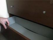 Ako spevniť zásuvky komody
