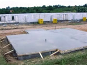 Základy domu - Ako sa betonuju základy  -Staviame dom s YTONG - základy
