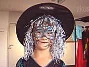 Malá čarodějnice - jak si připravit masku čarodějky